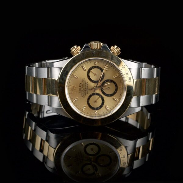 Photo of Rolex Daytona Zenith 16523 Inverted Dial