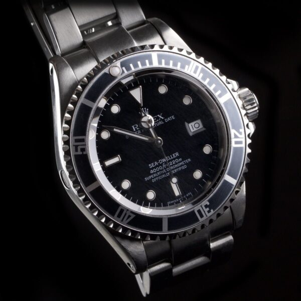 Photo of Rolex Sea-Dweller reference 16600 Faded Bezel