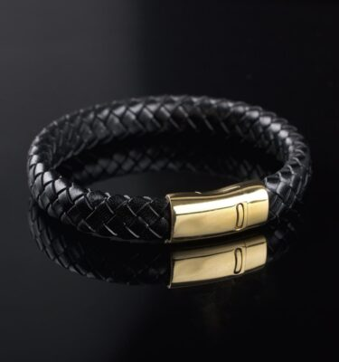 Photo of Braided leather bracelet