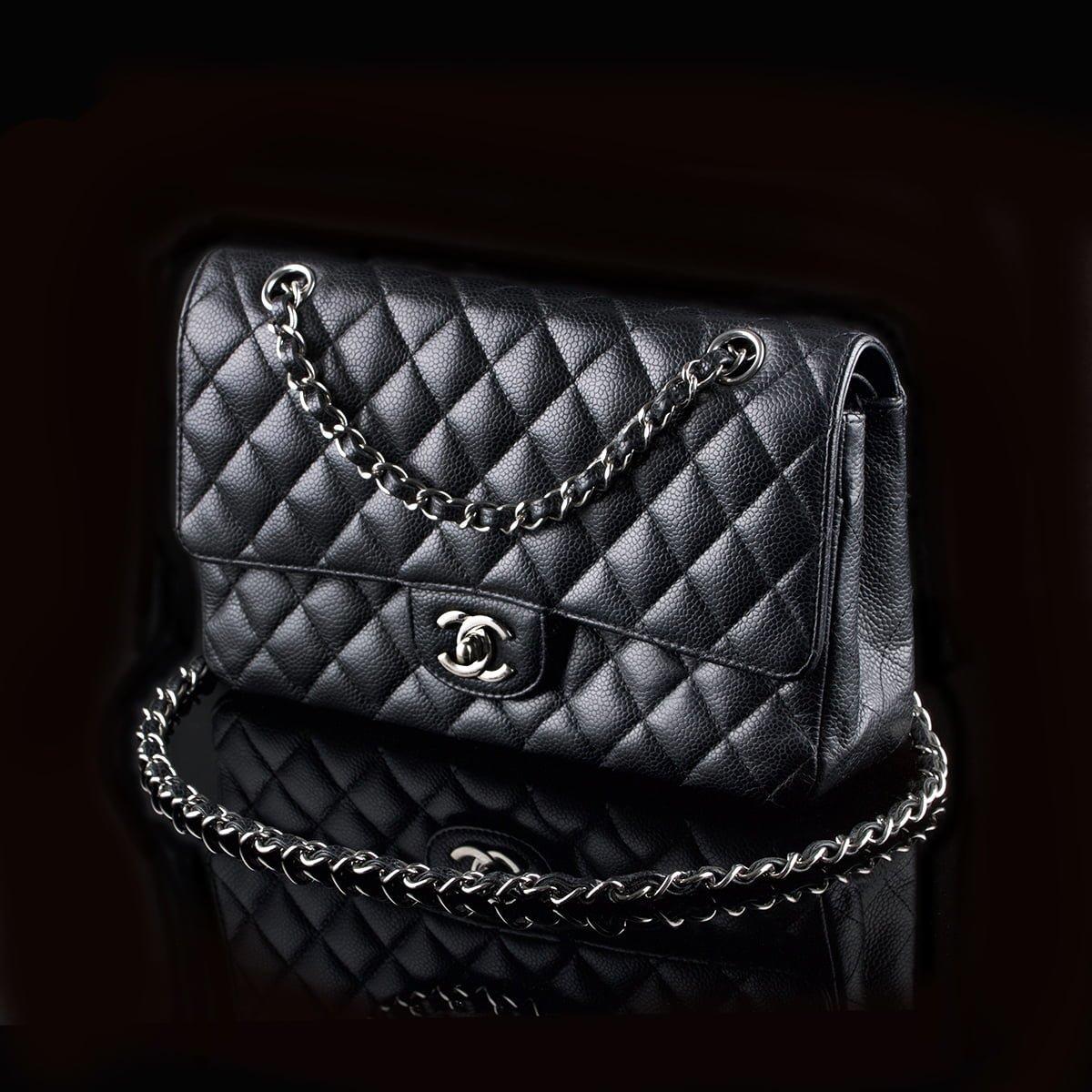 8731e4e9e96 Chanel 2.55 Timeless Classic Flap Medium Black Caviar - Classic390