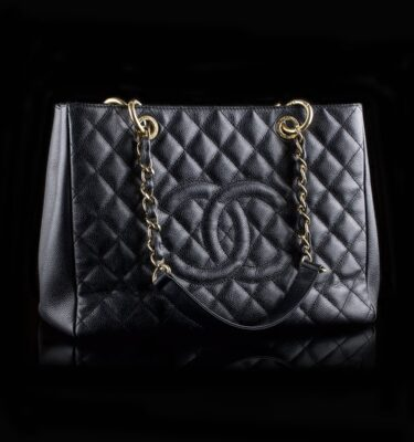 Foto af Chanel GST Black Caviar Golden Hardware