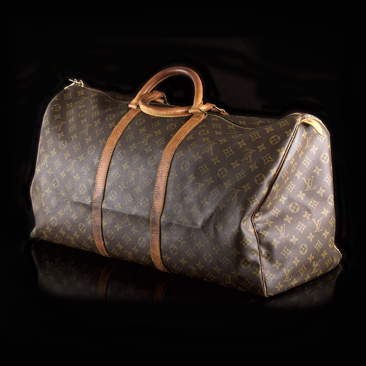 Sold Louis Vuitton Keepall 55 Monogram Canvas Classic390 49409d232a0