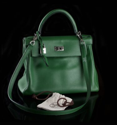 Photo of Hermès Kelly Bag Green Togo Leather