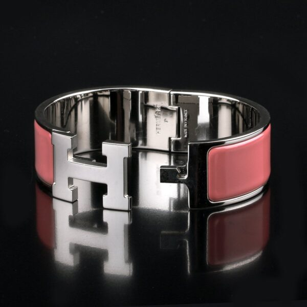 Photo of Hermès Clic Clac H Bracelet