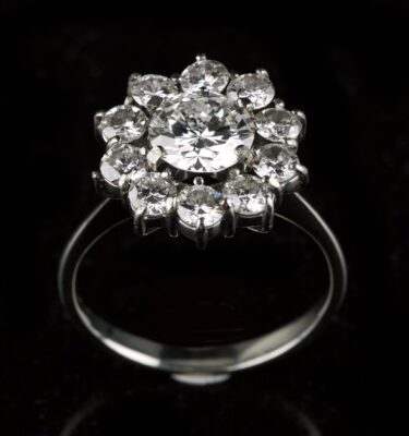 Photo of rosette diamond ring