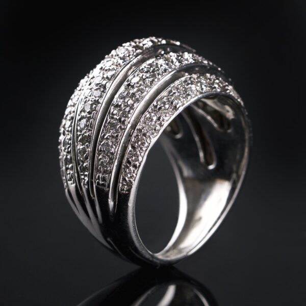 Photo of white gold ring with 5 rows of diamonds