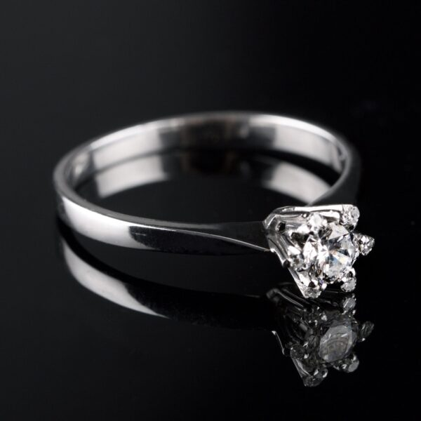 Photo of diamond ring 0.30 ct