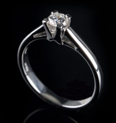 Solitaire diamantring 0.35 ct