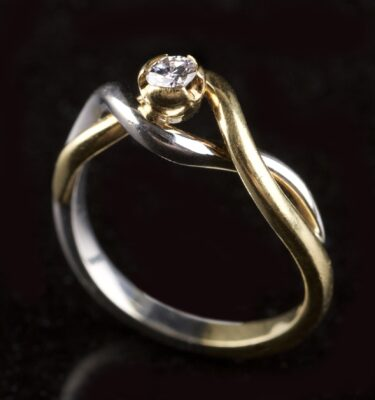 Photo of Damiani ring
