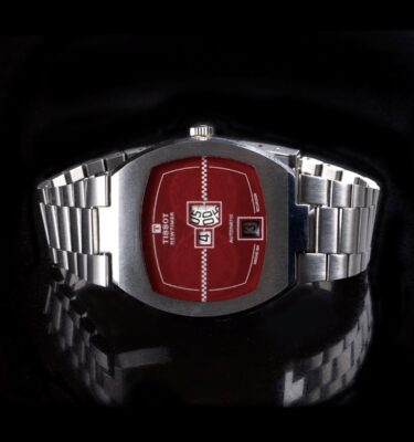 Photo of Tissot Newtimer Jumphour Red