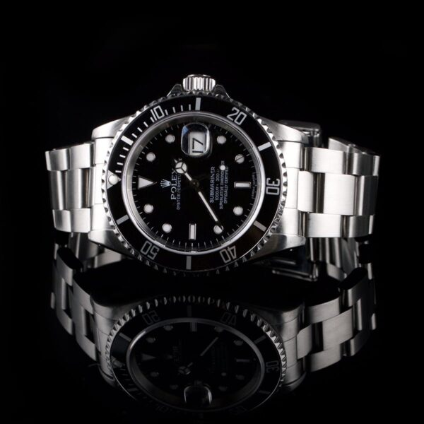 Photo of Watch Rolex Submariner 16610 steel black dial