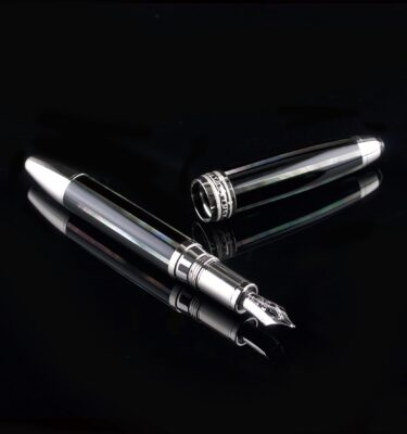 Photo of Mont Blanc pen