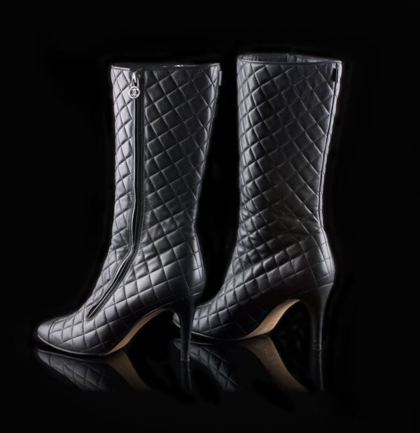 Photo of Chanel black quilted boots